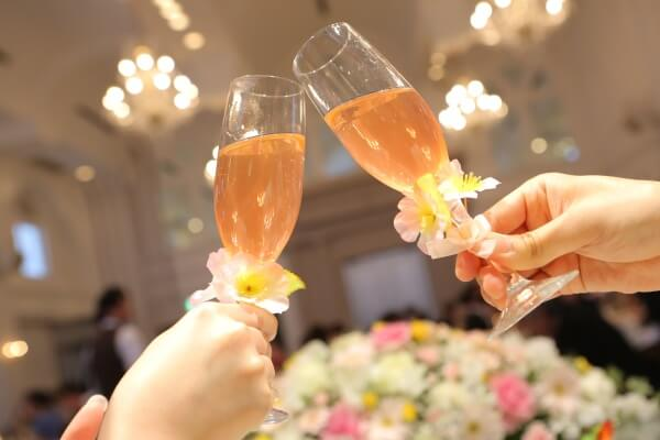 新潟県燕三条市の結婚式場 乾杯 乾杯酒 スパークリングワイン