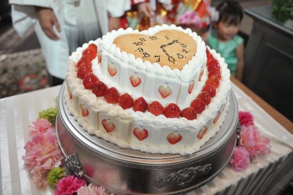 新潟県三条市 結婚式場 ピアザデッレグラツィエ ウェディングケーキ