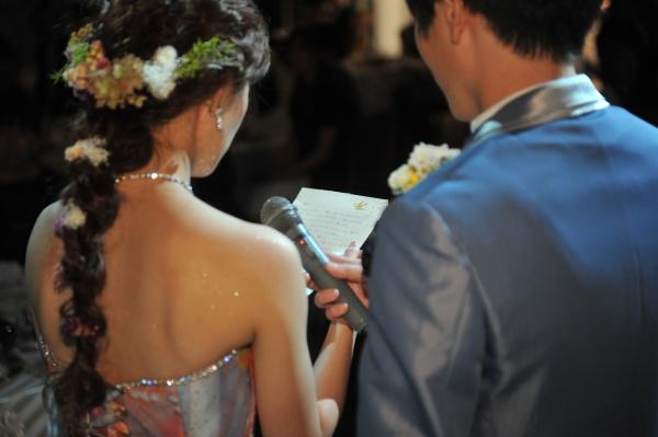 新潟県燕三条市 結婚式場 新婦手紙 演出