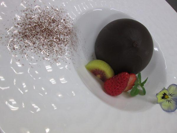 バレンタイン直前!【チョコレートドーム】とろける中から美味しい〇〇登場!