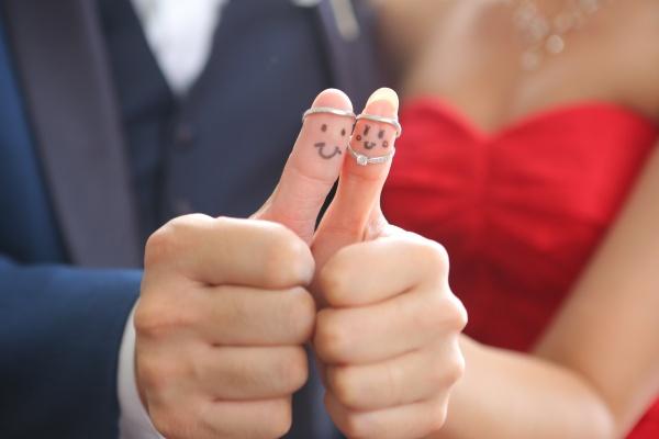 【ぜんぶ真似したい!お花を使ったリングピロー】手作りが苦手な花嫁さまでも大丈夫!結婚式まで間に合うDiy特集◆