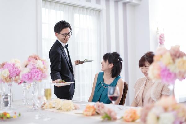 新潟県燕・三条市の結婚式場 バンケット サービス 食事