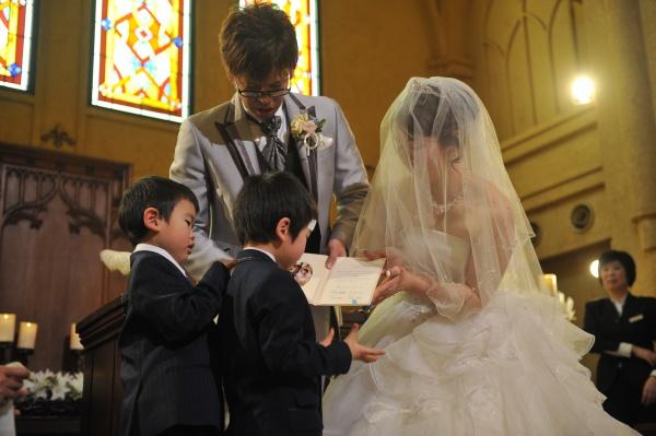 新潟県燕三条市 結婚式場 チャペル内人前式 子供