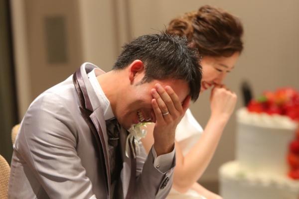 【新郎の男泣き!グッとくるシーンBEST3】ゲストも思わずもらい泣き◆結婚式をして良かったと思える瞬間♥