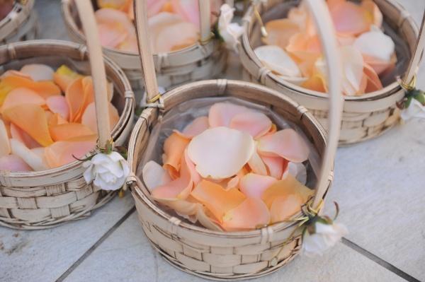 新潟県燕市 三条市 長岡市 結婚式場 ウェディングパーティー 日程 ウェディングドレス ウェディングアイテム