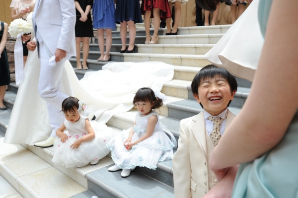 新潟市 三条市 燕市 長岡市 結婚式場 チャペル ちびっ子 フラワーシャワー 演出