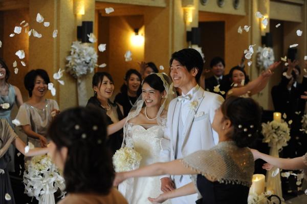 新潟市 三条市 燕市 長岡市 結婚式場 ブライダルフェア チャペル 教会 バージンロード