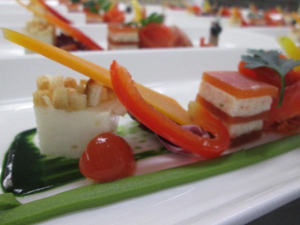 オレンジ色【ミモレット】元気カラーで結婚式料理を華やかに♪