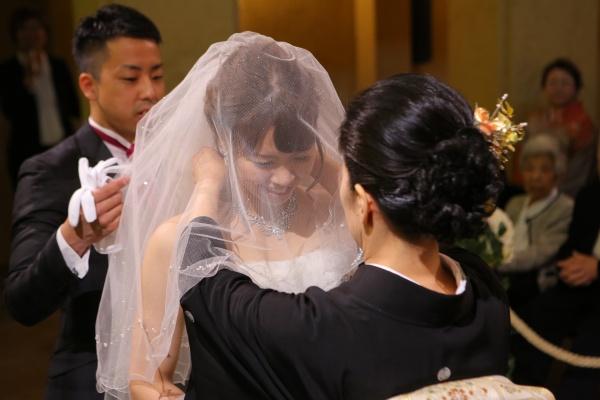 【花嫁の永遠の幸せを願うサムシングフォー】のセレモニー~4つのアイテム~