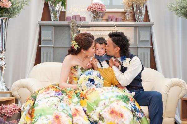 【結婚式の写真の残し方を伝授♪】パパとママと僕の想い出の写真を撮ろう❤