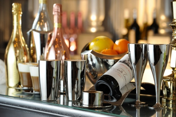 新潟県三条市 結婚式場 ブライダルフェア 式場スタッフ ワイン