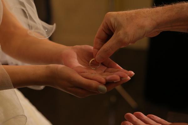 新潟県三条市 燕市 新潟市 長岡市 結婚式場 ベールアップ チャペル 練習 指輪交換