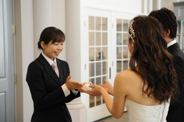 【チームグラツィエ★ブライドアテンダー!】結婚式の当日は新郎新婦の一番近くで全力サポート♪