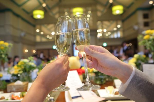 【パーティースタートを告げるアイテムとは!】天使の拍手の意味を持つ乾杯酒♪