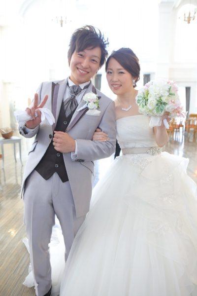 新潟県三条市 新潟市 長岡市 結婚式場 ウェディングドレス 披露宴登場 入場 笑顔