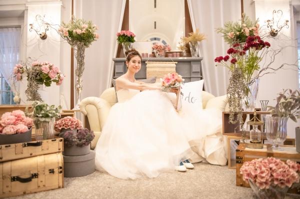 【花嫁はなぜウェディングドレスを着るの?】自分を最強に綺麗に魅せてくれる運命の一着に出逢うために!~ドレス歴史編~