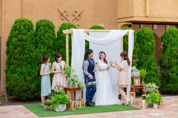 \先輩花嫁さまのあるあるNo1!?/結婚式の直前に「欠席」の連絡が来たらどうするの?