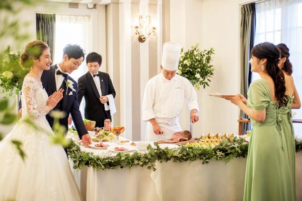 【結婚式でよく聞くおふたりらしいってどんなもの?】ゲストに喜ばれるおもてなしの数々をご紹介♪