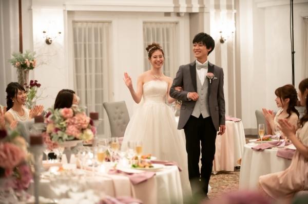 【プレ花嫁さまにおすすめしたい♪】新郎新婦の幸せを願う乾杯用グラスに◆プラスワンのアイテムを取り入れてオリジナル感を出そう♪