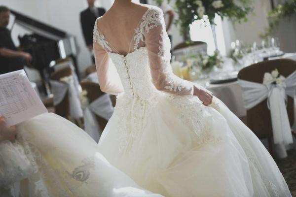 新潟県三条市 新潟市 長岡市 結婚式場 ウェディングドレス 起源 花嫁 運命の一着