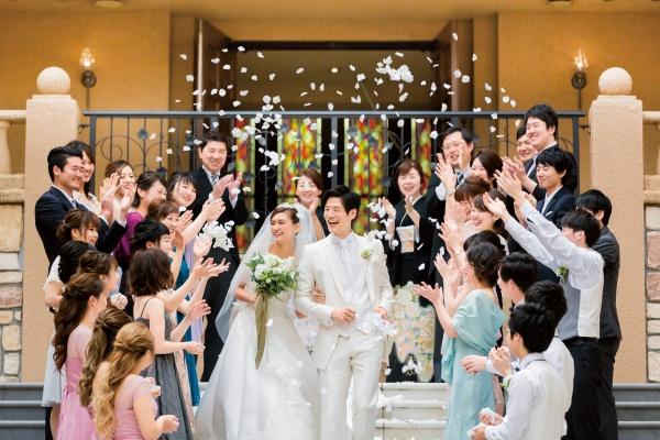 新潟県三条市 新潟市 長岡市 結婚式場 アフターセレモニー 人気演出 バルーンリリース フラワーシャワー ブーケトス