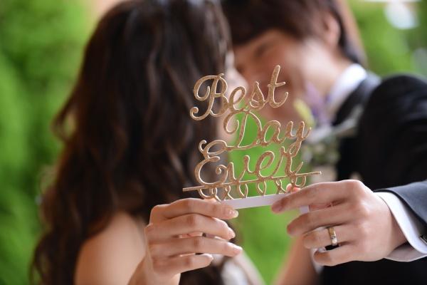 【指先までこだわりたい!プレ花嫁さま必見♪】自分に合ったブライダルネイルを見つけて美花嫁になろう✿