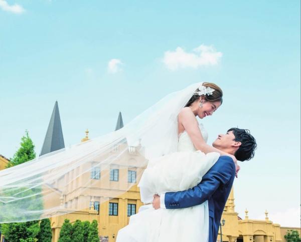 【結婚式の主役は花嫁だけではありません◆新郎さまも主役なんです】スポットを浴びて一緒に盛り上げましょう♪