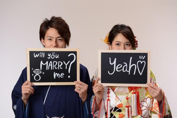 【結婚が決まったら初めにすることは?】不安解消もまとめて結婚式のプロに聞こう!