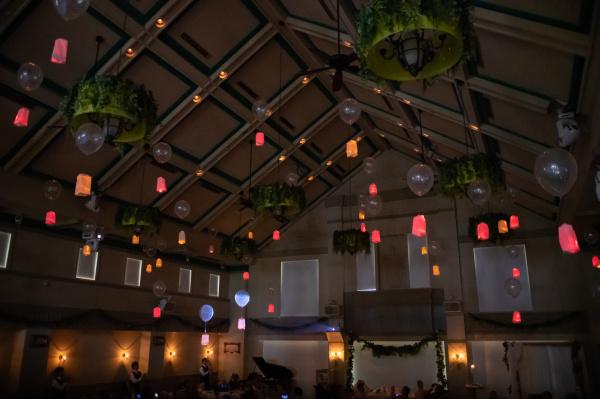 新潟県三条市 新潟市 長岡市 結婚式場 ブライダルフェア フライングランタン ランタン 演出 和紙 オブジェ フォトアイテム