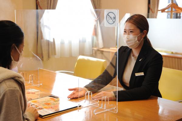 新潟県三条市 長岡市 新潟市 結婚式場 ソーシャルディスタンス ブライダルフェア 感染症対策 飛沫パネル