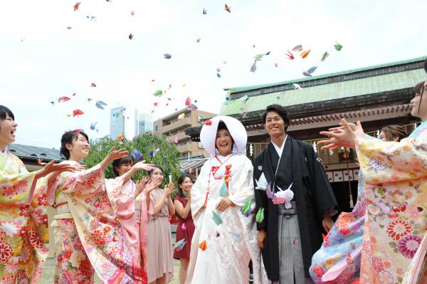 【白無垢◆花嫁さまが着用する最も格式が高い婚礼衣裳】花嫁さまの憧れも高い和装【白無垢】の豆知識です!