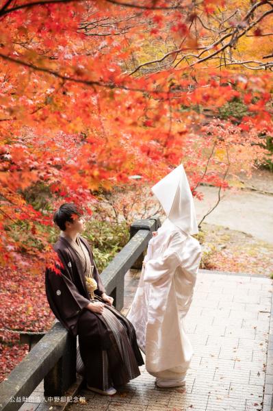新潟県三条市 長岡市 新潟市 結婚式場 ウェディングフォト 前撮り 出張 紅葉 打掛 和装 秋