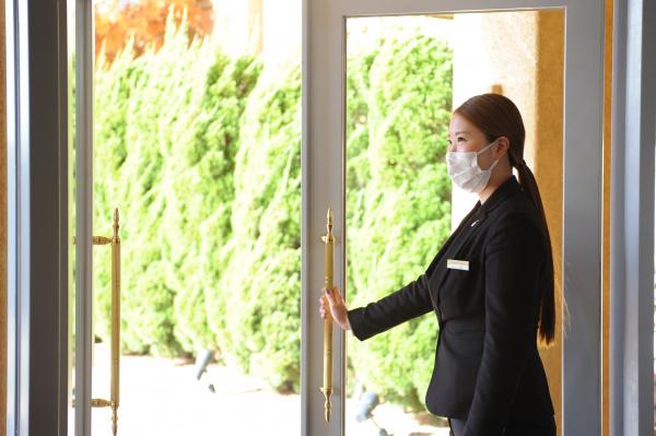 ソーシャルディスタンス 新潟県三条市 長岡市 新潟市 結婚式場 対策 コロナ対策画像 感染症対策 衛生管理 ブライダル 安心安全