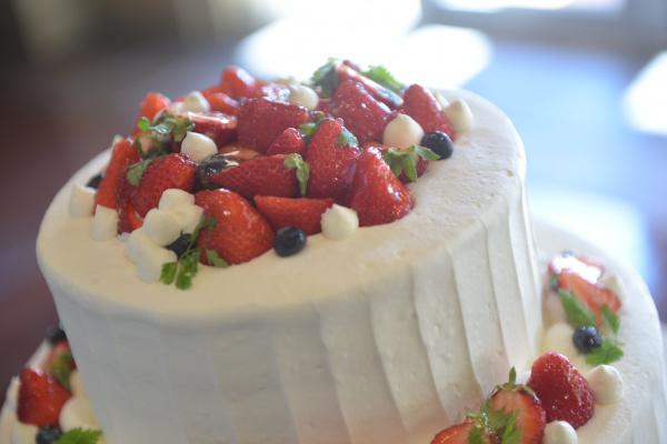 【リアル花嫁さまのウェディングケーキ♥】可愛いデザイン特集◆お気に入りを見つけよう♪