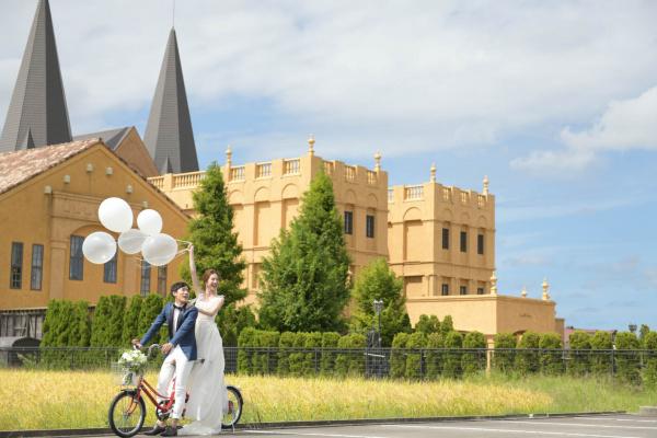 【結婚式での花嫁のエスコートはとっても大事!】新郎さまのエスコートが新婦さまの立ち居振る舞いを引き立てます♥