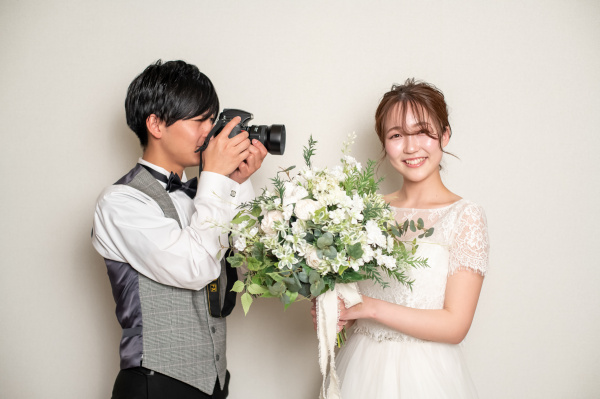 【結婚式◆花嫁さまのお悩み解消!】前髪はおでこを出す?出さない?お顔周りの印象のポイントをインスタライブでご紹介!